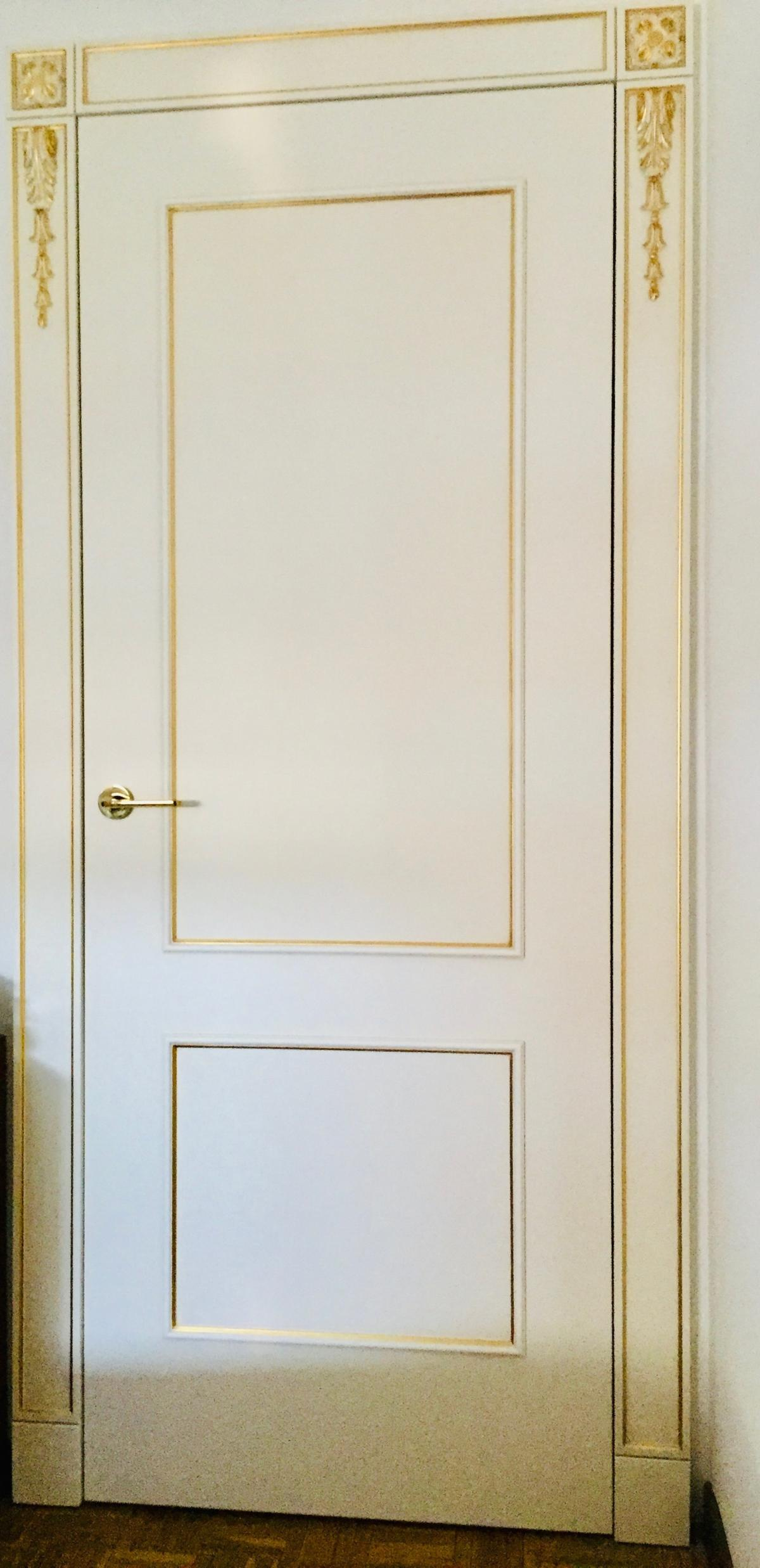 Двери в классическом стиле в Милане
